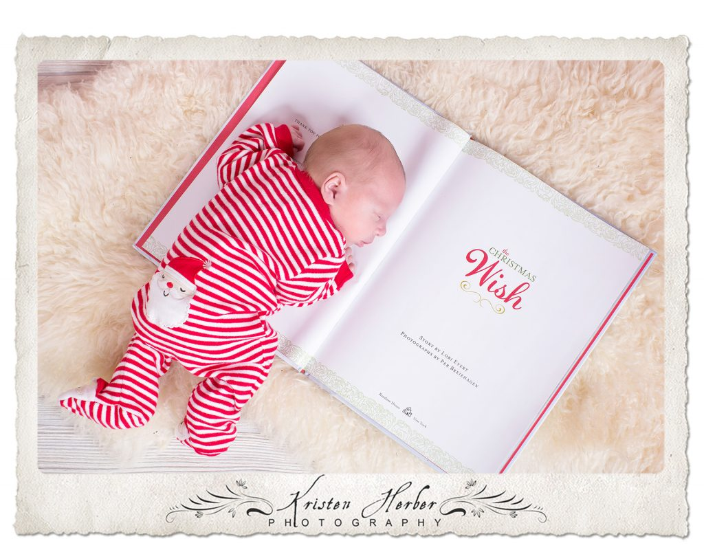 newborn christmas photos