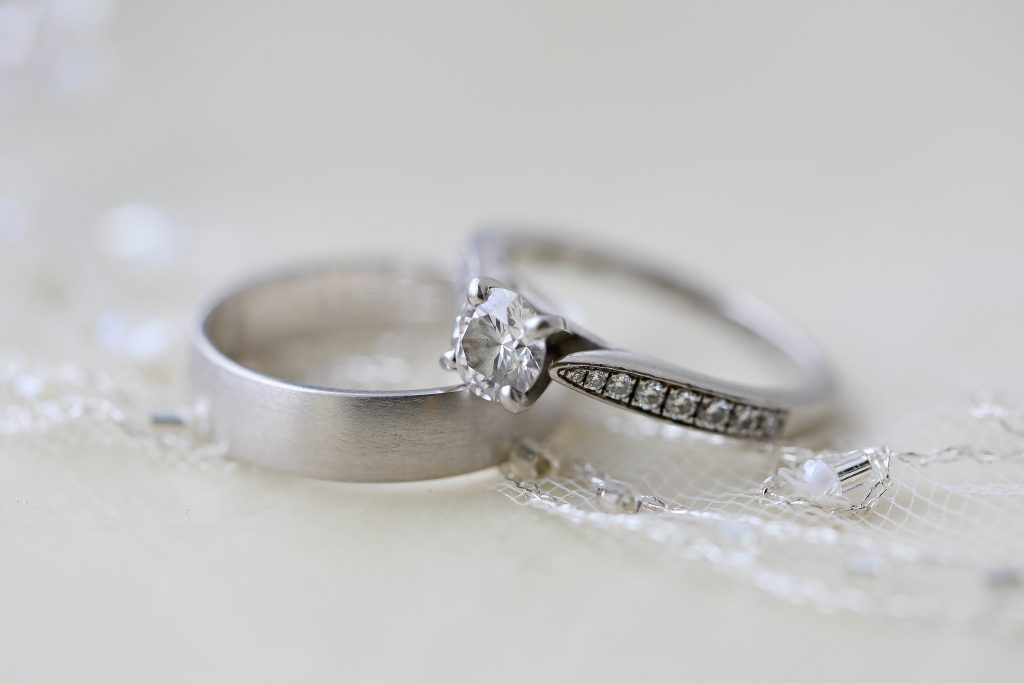 wedding rings on vail